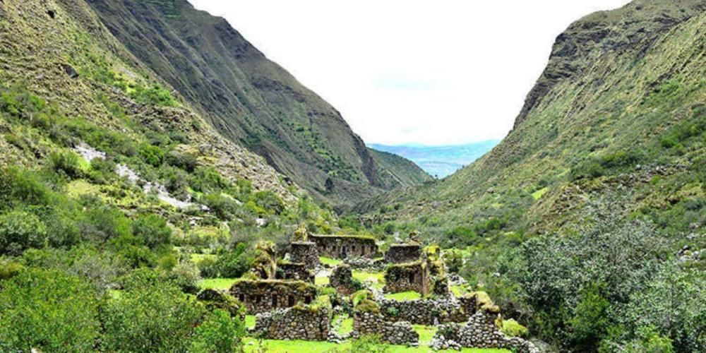 Pre Inca ruins